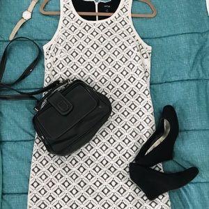 White A-line Apt 9 Shift Dress